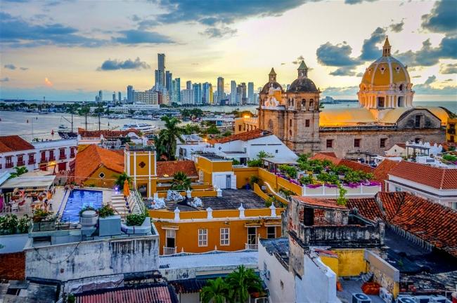 SALIDAS GRUPALES A COLOMBIA DESDE ARGENTINA - Bogotá / Cartagena de Indias / San Andres /  - Buteler en el Caribe