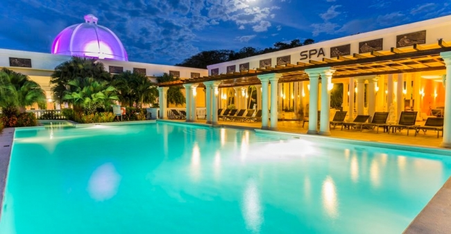Hotel Grand Palladium Lady Hamilton Resort & Spa - Buteler en el Caribe